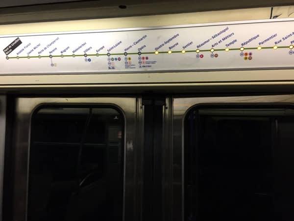 Линия метро