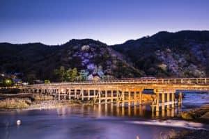 Пешеходный мост Togetsukyo