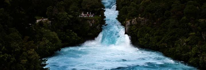 Водопады Huka Falls
