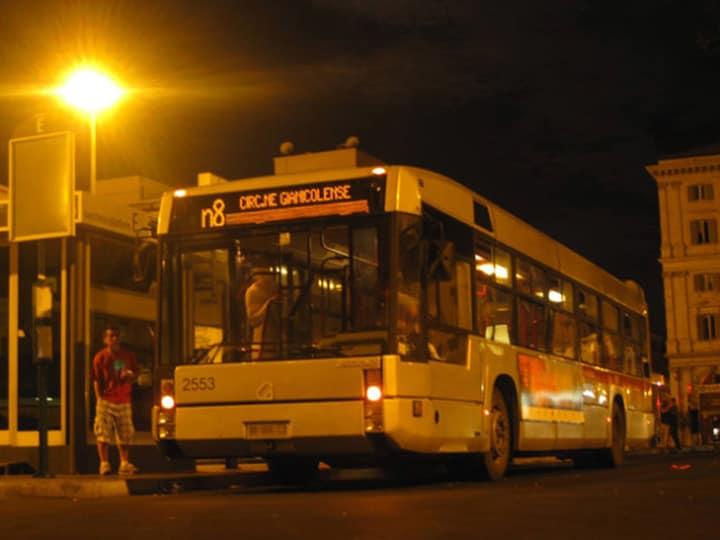 Ночной автобус в Риме