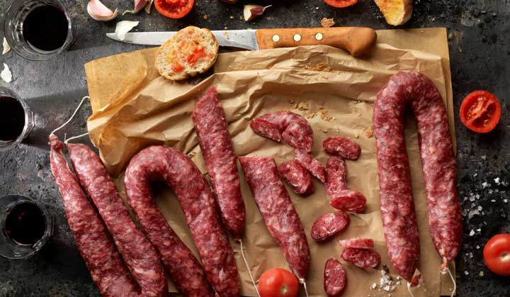 Longaniza - сыровяленая колбаса