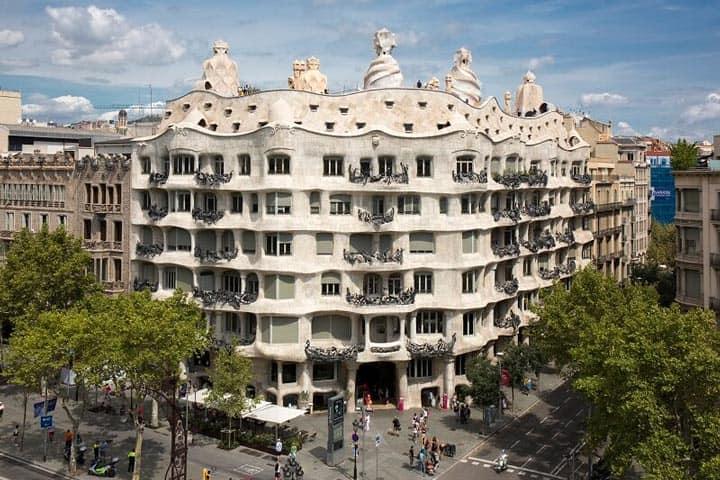 Дом Мила Барселона