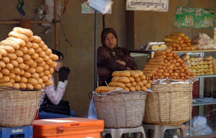 Багеты в Камбодже
