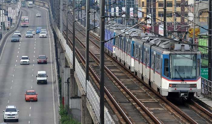 Наземное метро в Маниле